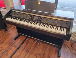 Yamaha CVP-301 sähköpiano (K)