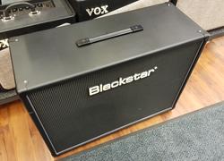 BlackStar HTV 212 kitarakaappi