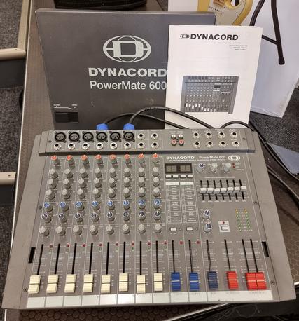 Dynacord äänentoistojärjestelmä (K)